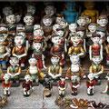 Typische Holzfiguren