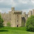 Bodiam Castle ist nicht zu übersehen
