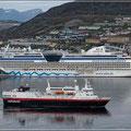 AIDALuna und Hurtigruten