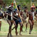 Aufmarsch der Stämme