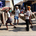 Handarbeit ist billig in Indien