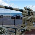 Geschütze und Panzer sieht man häufig
