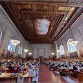 Lesesaal in der Stadtbibliothek