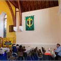 In der Kirche gab es Kaffee und Kekse für Kreuzfahrer und einen netten Plausch