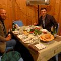 In Lankaran wurden wir mal wieder zum Essen eingeladen.