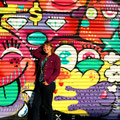 ähm, Verzeihung, natürlich als Mural! So heißen kunstvolle Wandgemälde in den USA. Graffiti ist nur Schmiererei.