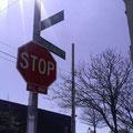 Überraschung! Am Ende der Steinway Street in Astoria, Queens, befindet sich...