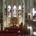 Zum Jubiläum reiste sogar Landesbischof Bedfort-Strohm an und hielt eine Predigt. Außerdem sang ich in einer Spontan-Kantorei, die von keinem Geringeren als Ken Masur, dem Sohn von Kurt Masur, dirigiert wurde.