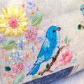 春と遊ぶ青い小鳥