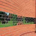 ©Foto: Minka Strickstrock, Reflecting Bricks, Installation, Freiburg i. Brg.