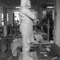"""Hans Jannsen: Skulptur """"Ove"""" 2014, Eiche, ca. 70 cm"""