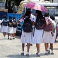 Schulschluss - Schuluniformen sind üblich