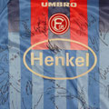 Fortuna Düsseldorf, Trikot, Auswärtstrikot, Saison 1998/1999, signiert vom Kader 1998/1999, Umbro, Henkel