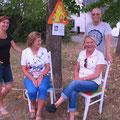 Strassenfest in Viernheim / DE mit den Begegnungsstühlen von Ingrid Fischer