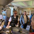 Manfred Jehle erklärt die Kaffee Rösterei