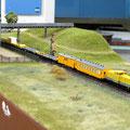 DB Gleisbauzug unterwegs auf der Nebenbahn