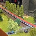EuroCity auf den Weg zum Rhein