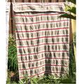 Handgewebte Decke mit mittelalterlichen Streifenmuster