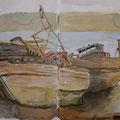 ISLE OF MULL Salen, Schottland (2013). Diese verrotteten, malerischen Boote liegen schon seit Jahre unweit von Salen und sind ein beliebtes Foto- oder Mal-Motiv  / Dismantled boats near Salen