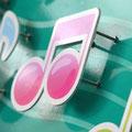 3Dピアノサインの音符浮出し部分の拡大写真