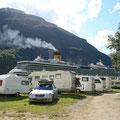 Und bei der Ausfahrt ist der Campingplatz echt minni dagegen