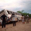 ボリビア行きバス 山奥で3日立ち往生