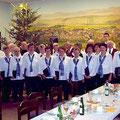 Seniorenweihnachtsfeier im Gasthaus Busch (Fotos: Volkschor)