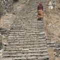 viele Treppen sind zu überwinden in Nepals Bergen