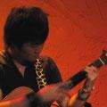 島方ユーイチ ソロギターの島方ユーイチ、今年もせーばなるに参加できて嬉しいです!また皆さんと楽しめるようがんばります。