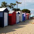 Cabines de plage multicolores...à St Denis d'Oléron