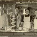 Familie Knauber v.l.n.r:Adam, Sohn Albert, Katharina, Tochter Anneliese, ca. 1950