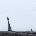 Nieuwe Statenzijl, Martin Borcherts Kunstwerk De Waaiboei mit Fotograf