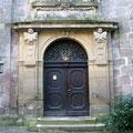 © Traudi  -  Eingang zur Schlosskirche