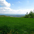 © Traudi  - Ausblick ins Neckartal, im Hintergrund die Schwäbische Alb
