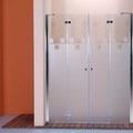 """MAMPARA DE DUCHA MODELO """"DELPHI"""". Frontal de ducha con 2 hojas fijas y 2 abatibles."""