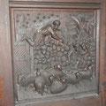 Die Türe der St. Andrews Kirche bestand aus 6 solchen Schnitzereien