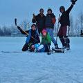 Hockey, unumgänglich in Kanada im Winter.
