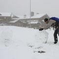 Da bietet es sich doch an, nen Schneemann zu bauen.