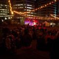 Abends finden im Sommer viele kostenlose Livekonzerte statt...