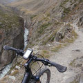 Doch ich wollte ja Radfahren... der Hinweg führte entlang einer Schlucht...