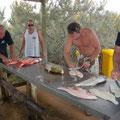 Was auch spannend war, die Fischer am Ende des Tages beim Ausnehmen ihrer Fische zu beobachten
