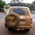 Das Auto hatte sich inzwischen an die australische Erdfarbe angepasst