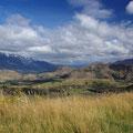 """Da links die schneebedeckten berge sind die Remarkables... bei meiner Ankunft nach dem """"Wintereinbruch"""" noch schneebedeckt..."""