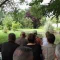 """In Amien gings per Boot durch die schwimmenden Gärten """"Les Hortillonnages""""."""