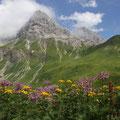 Und mit Blick auf diesen Berg.