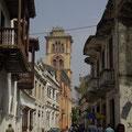 Im Stadtkern gibts dann tausend Gassen und Kirchen.