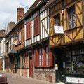 ...und historische alte Stadtteile.