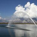 Dieser See wird gefüllt, damit im Winter ausreichend Wasser für die künstliche Beschneiung vorhanden ist.