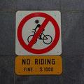 Ansonsten ist natuerlich auch viel verboten und Verstoesse sind teuer! (Umrechnung ist ungefaehr durch 2)