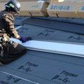 ⑦製品は「SGL鋼板」。ガルバリウム鋼のプレミアム素材。